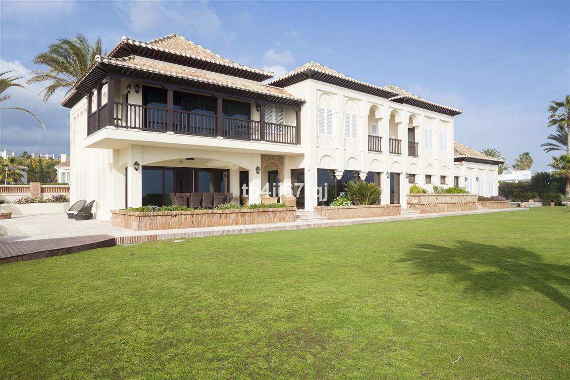 Luxury Villa / Property for sale Hacienda Las Chapas Spain
