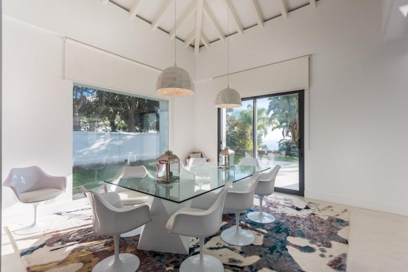 Villa / Property for Sale in Sierra Blanca, Spain