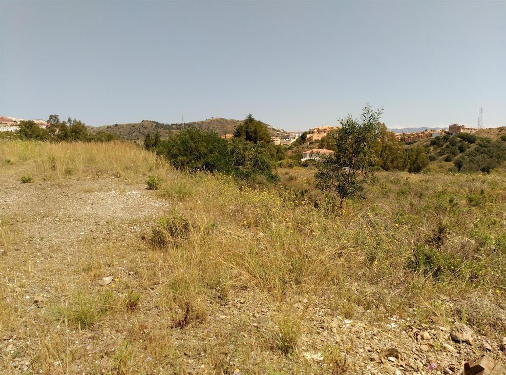 Villa / Property for Sale in Calahonda, Spain