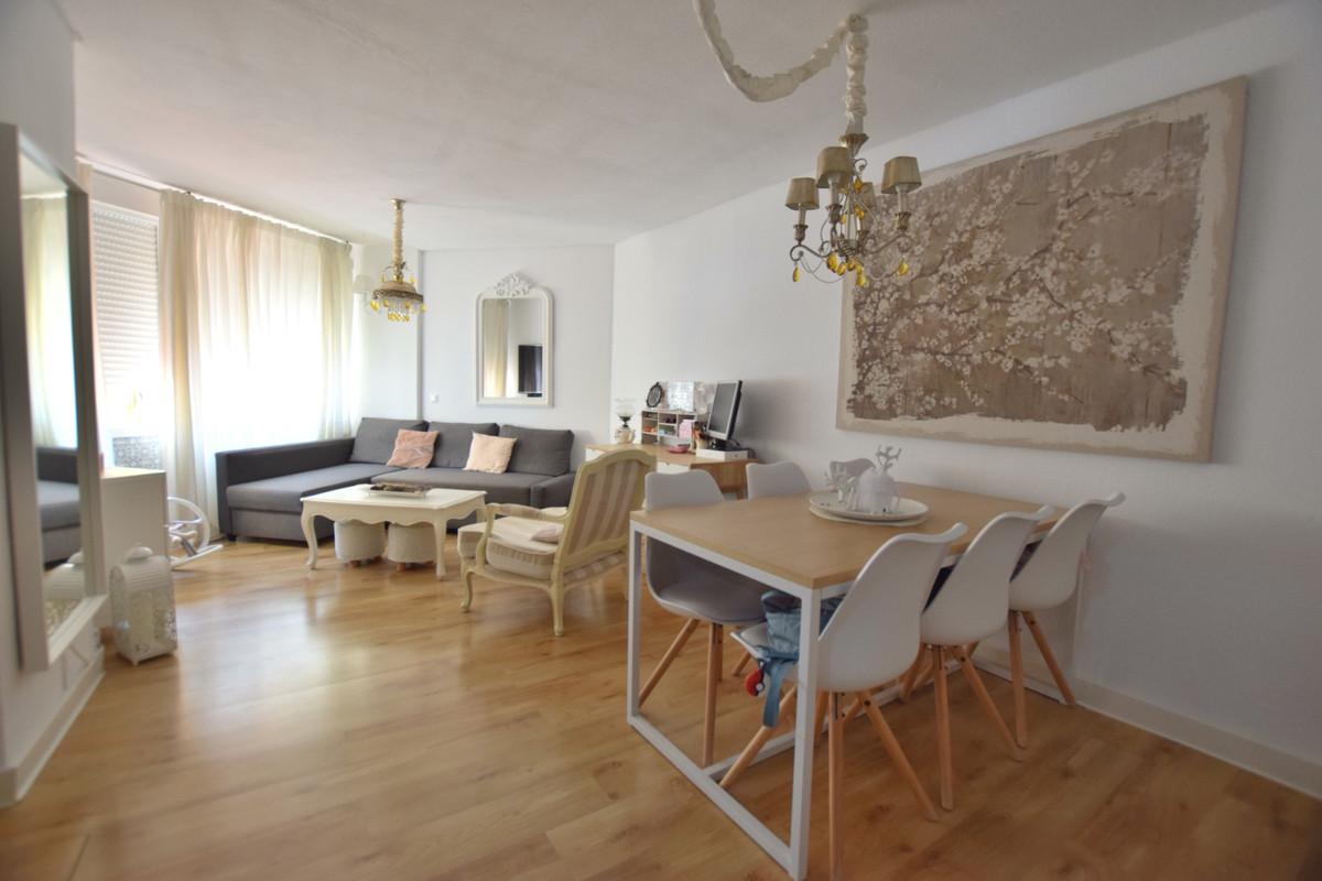 IBI; 143€/ per year                      Community Fees; 50€/ per month Apartment located in Torrebl,Spain