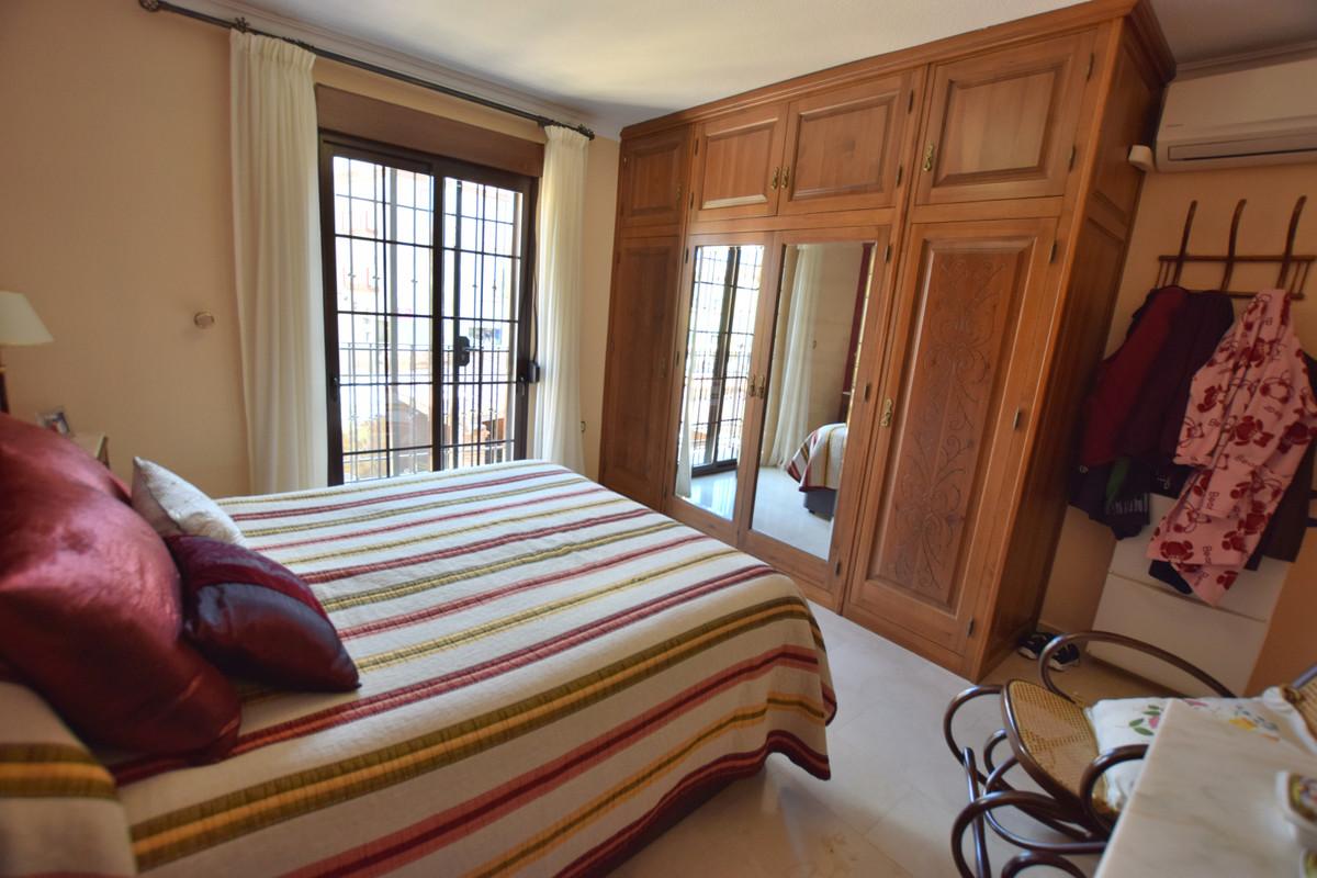 Apartamento con 4 Dormitorios en Venta Las Lagunas