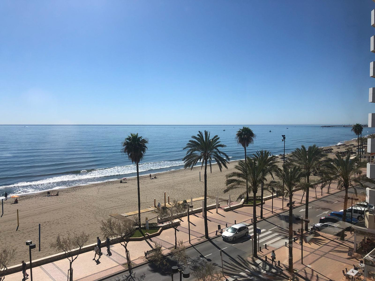 Beach front apartment located on the seafront of Fuengirola, Torreblanca del sol  The property has 3,Spain
