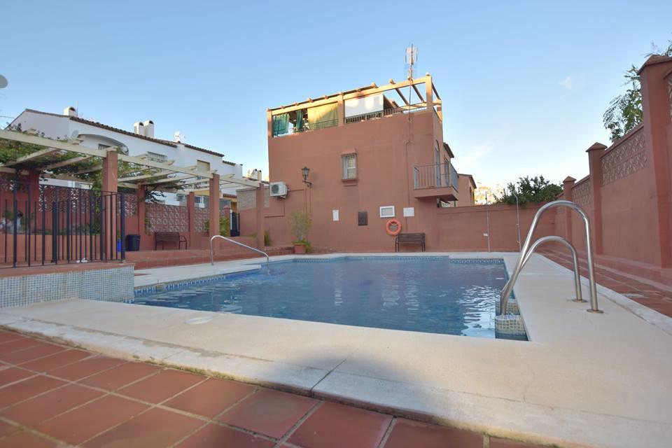 Community Fee; 35€/ per month            IBI; 306€/ per year    Townhouse located in Las Lagunas 3 b,Spain