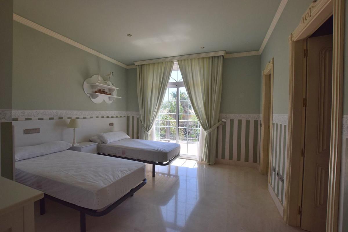 House in Mijas Golf R2785388 21
