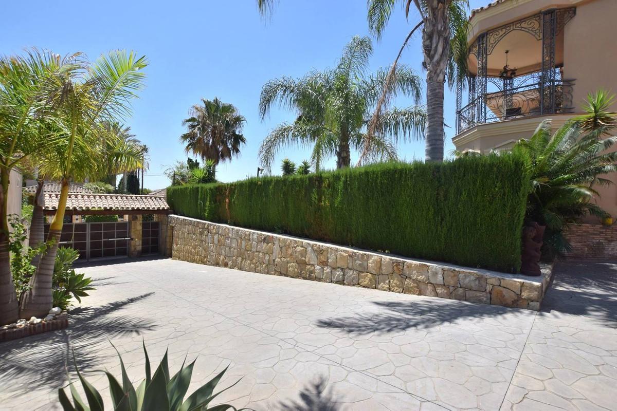 House in Mijas Golf R2785388 4