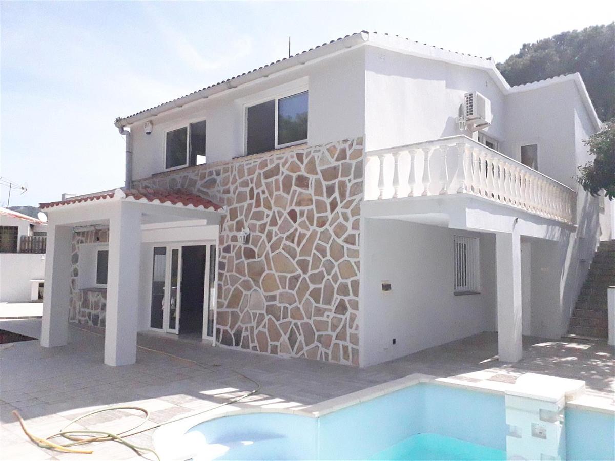 Detached Villa for sale in Elviria R3146653
