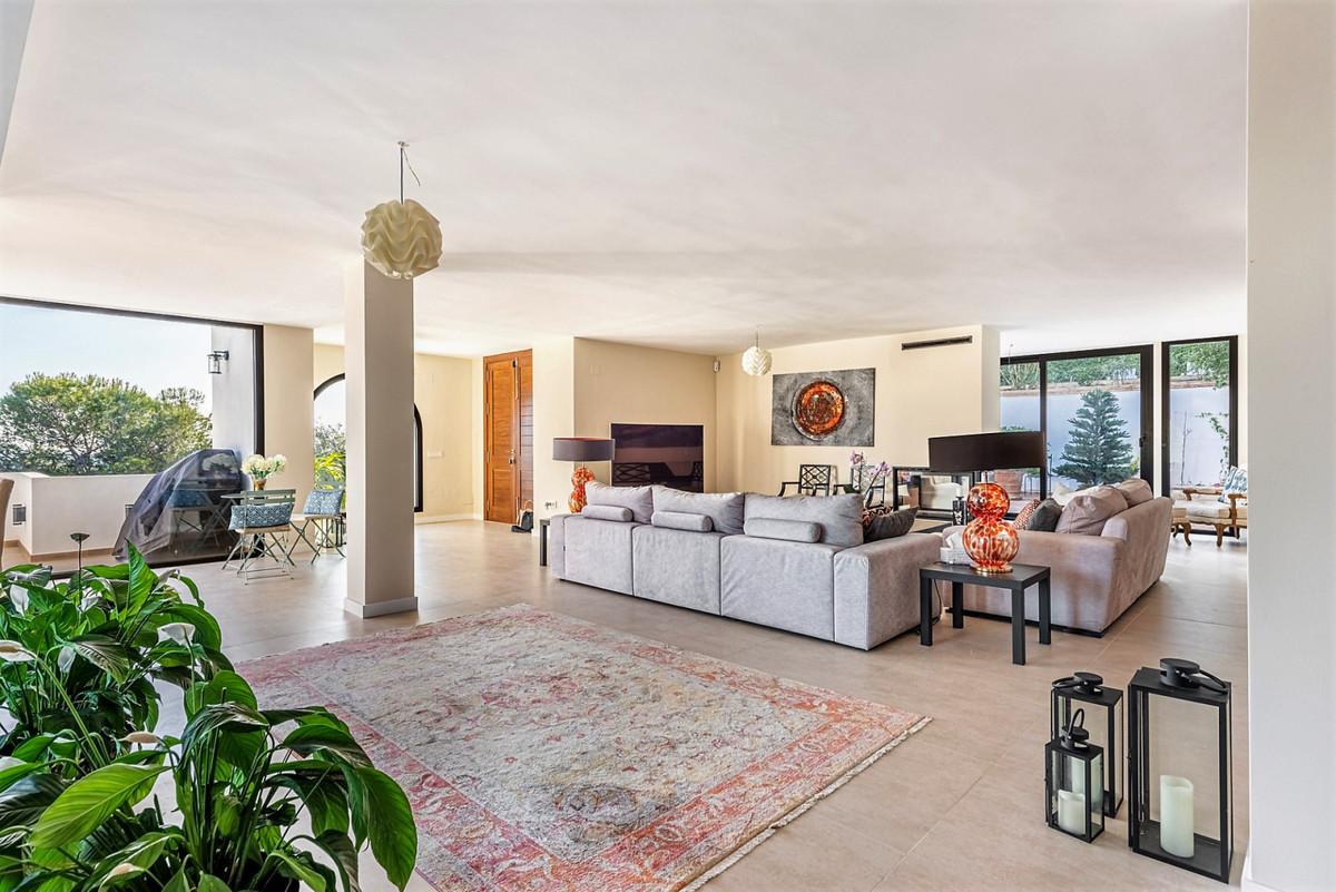 House in Aloha R3847072 16