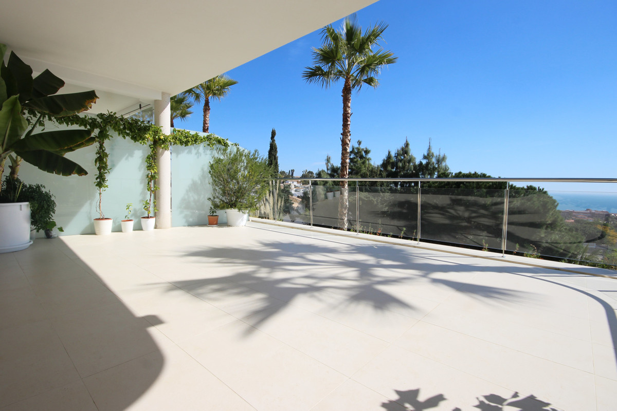 Fantastic apartment, very bright and with spectacular views of the sea. It has a 45 m2 terrace facin,Spain