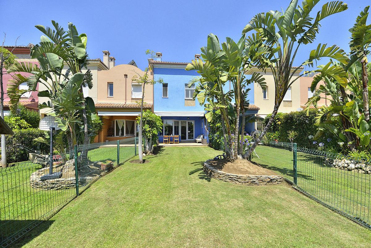 3 Bedroom Terraced Townhouse For Sale Benalmadena