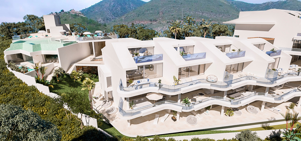 3 Bedroom Middle Floor Apartment For Sale Benalmadena, Costa del Sol - HP3304858