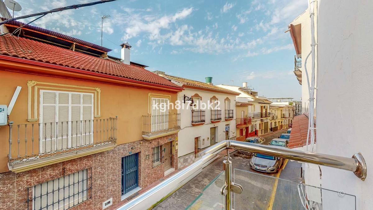 Middle Floor Apartment for sale in Cártama