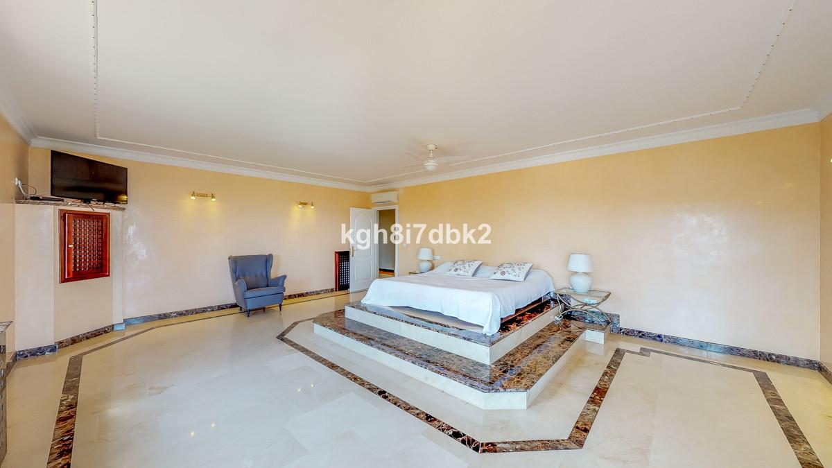 House en Alhaurín el Grande R3262891 13