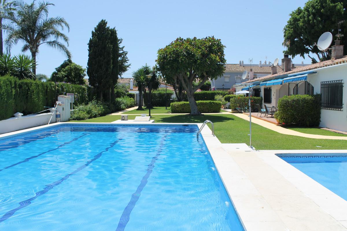House in San Pedro de Alcántara R3664568 2