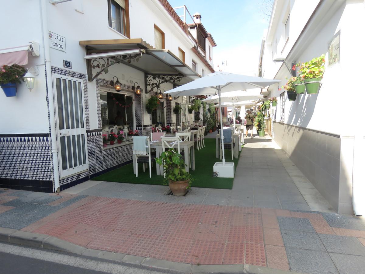 Commerce  Restaurant en vente   à La Cala