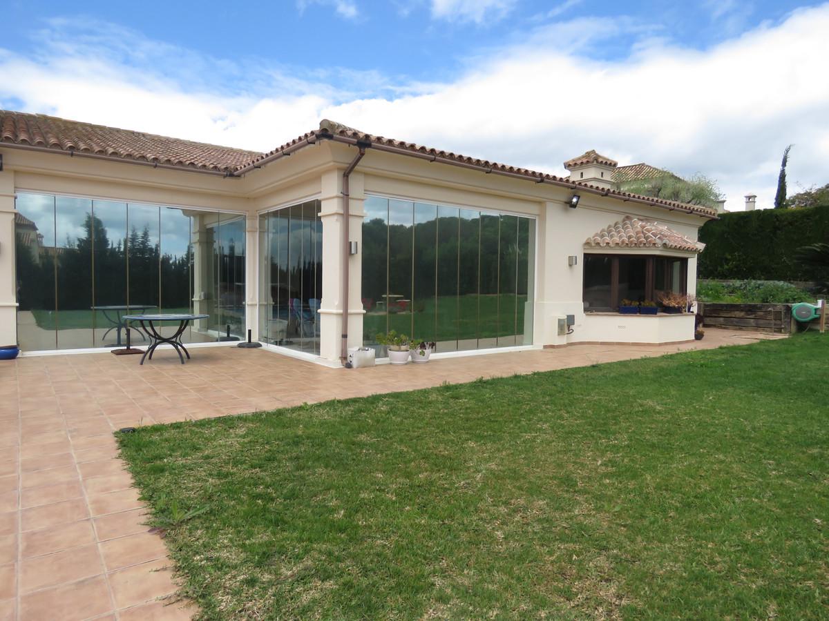 Detached Villa for sale in Carretera de Cadiz