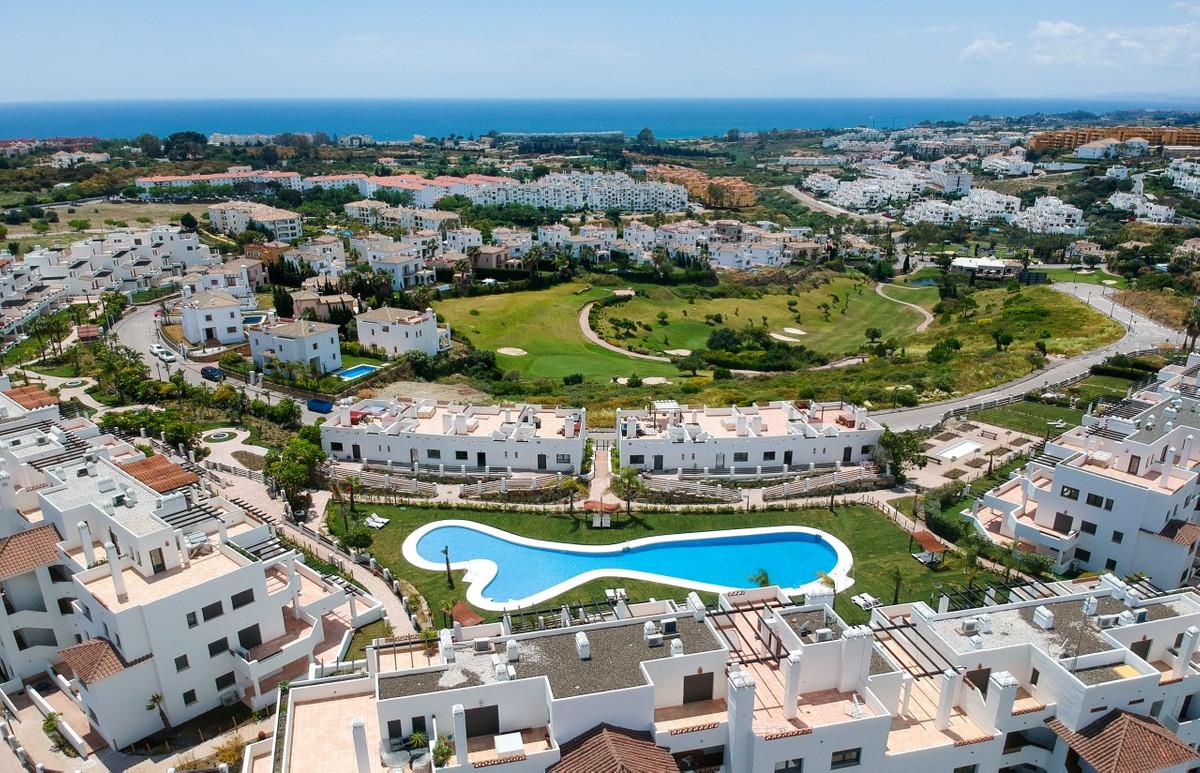 Ref:R3304864 Apartment For Sale in Estepona