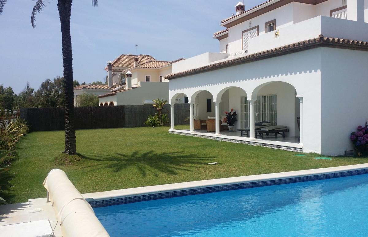 Villa  Detached for sale   in Punta Chullera
