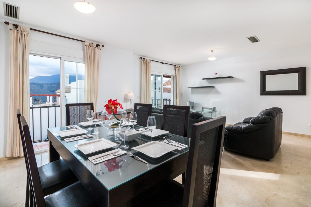 Apartment in Istán R3379279 3