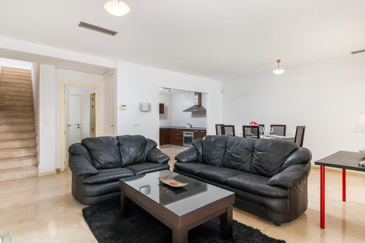 Apartment in Istán R3379279 5