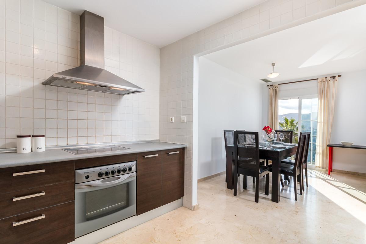 Apartment in Istán R3379279 6