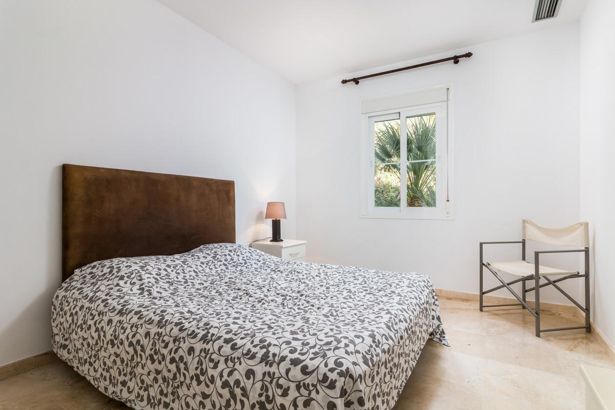 Apartment in Istán R3379279 8