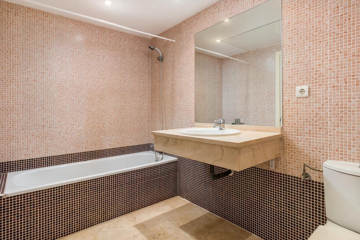 Apartment in Istán R3379279 9