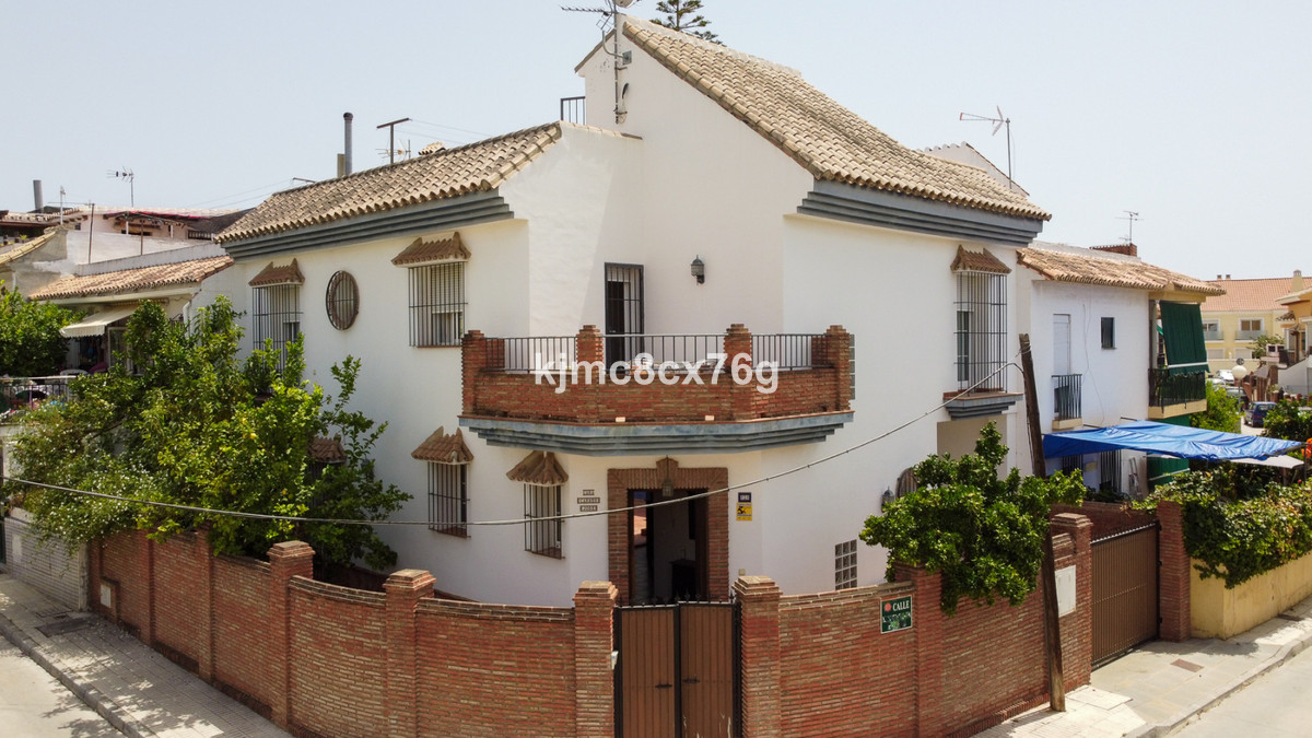 Maison mitoyenne en vente à Los Boliches R3895594