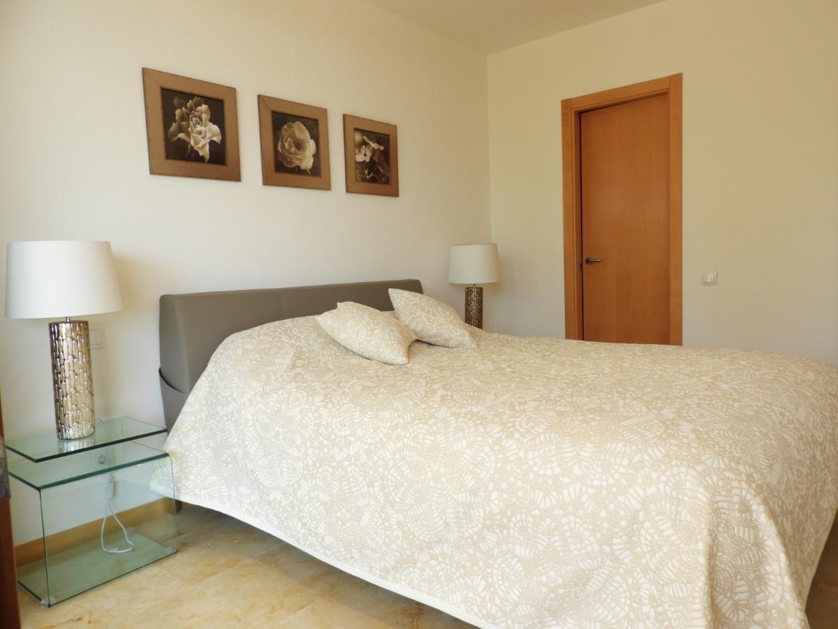R3169408: Apartment in Altos de los Monteros