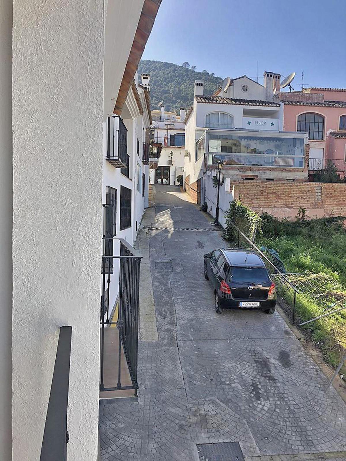 Apartment in Benahavís
