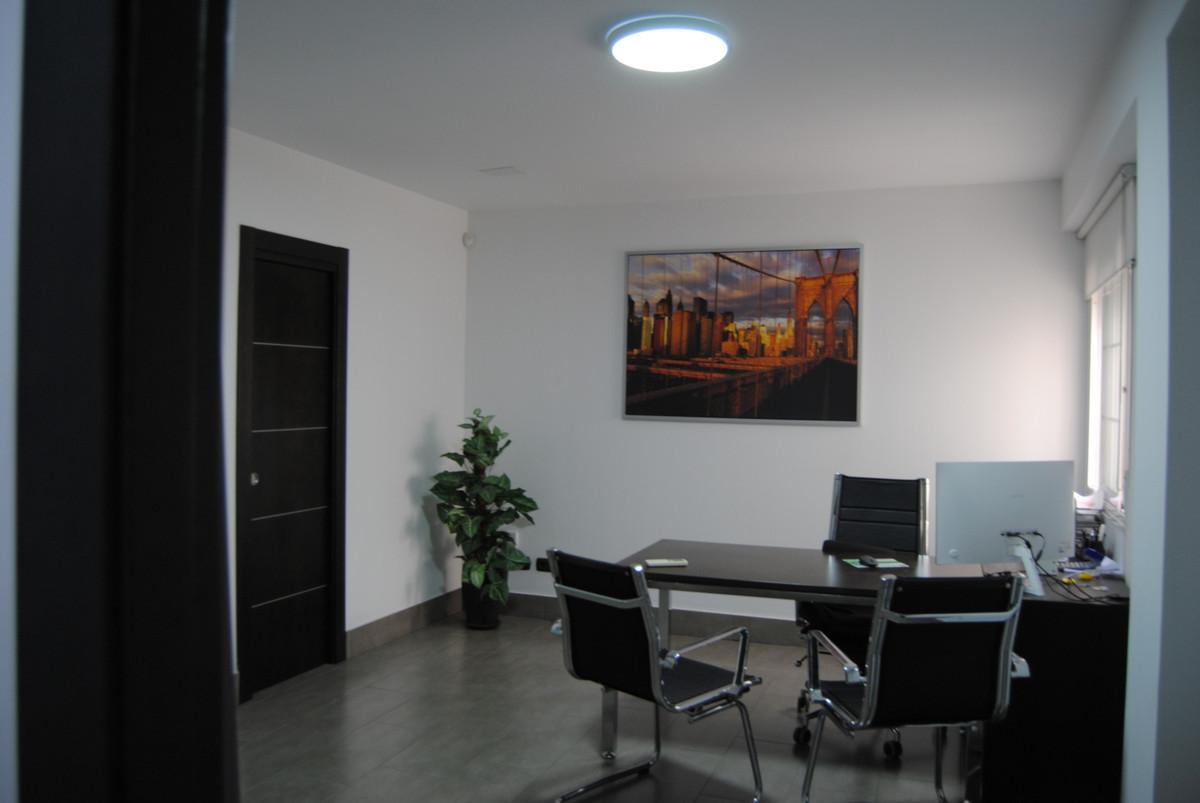 0 Bedroom Commercial For Sale, San Pedro de Alcántara