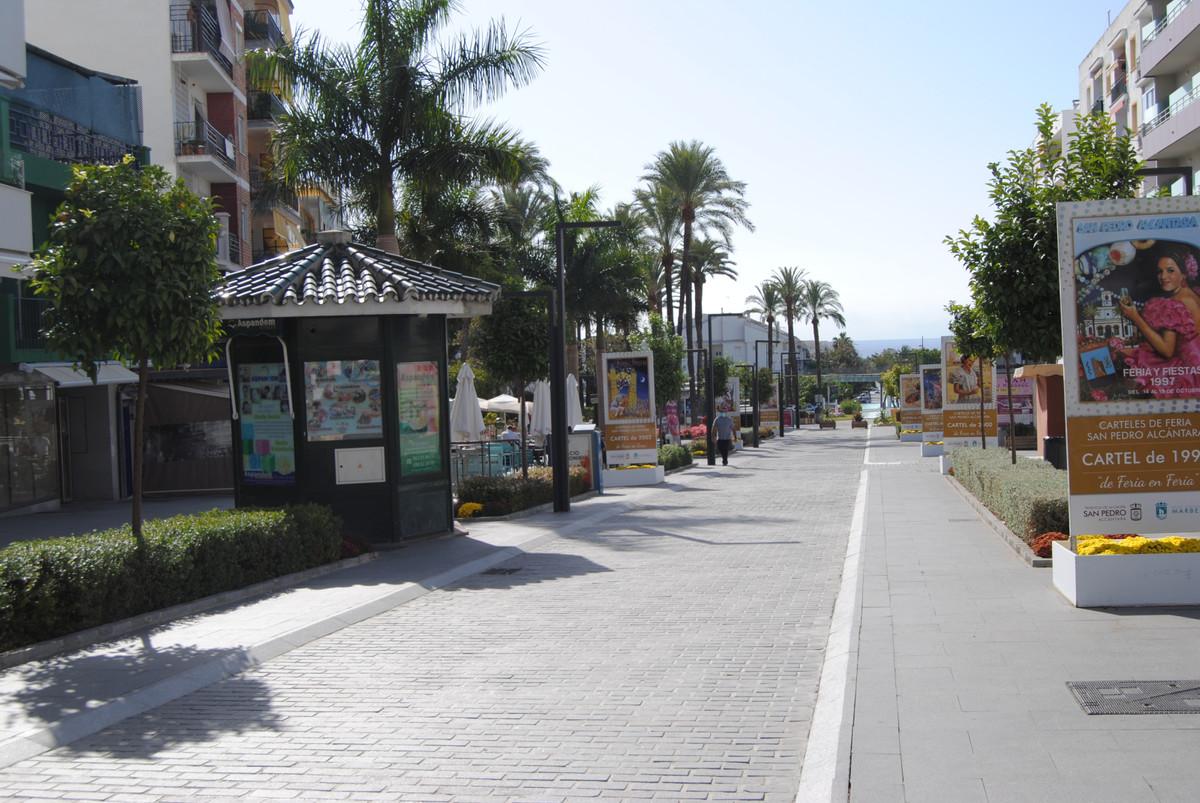 Office in San Pedro de Alcántara