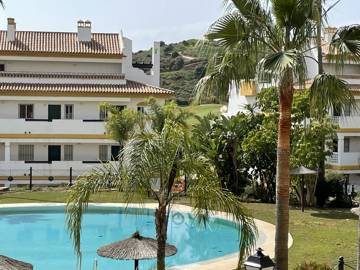 Located in Calanova Grand Golf, only 7 minutes drive down to the nice village of La Cala de Mijas, i,Spain