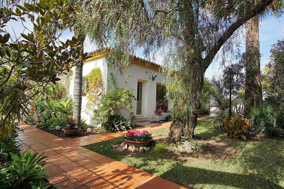 4 bed, 2 bath Villa - Detached - for sale in Coín, Málaga, for 495,000 EUR