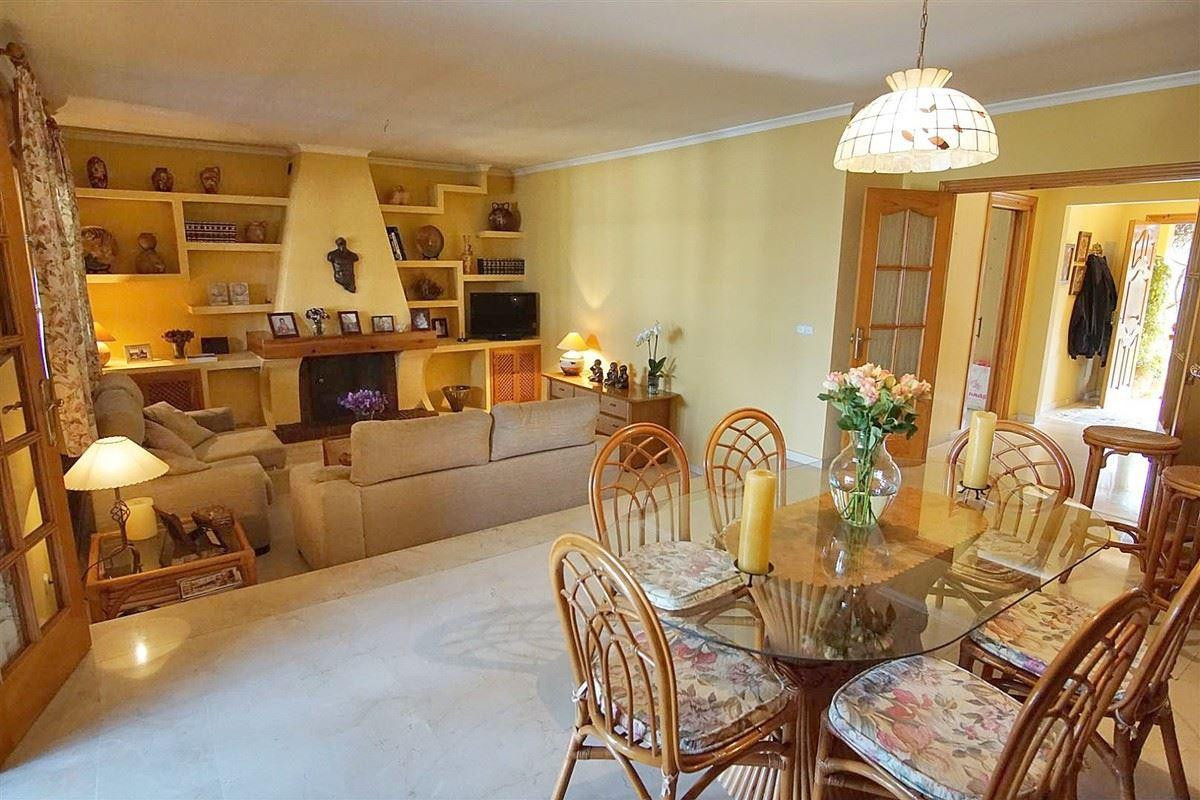 Photo of property R3612101, 10 de 54