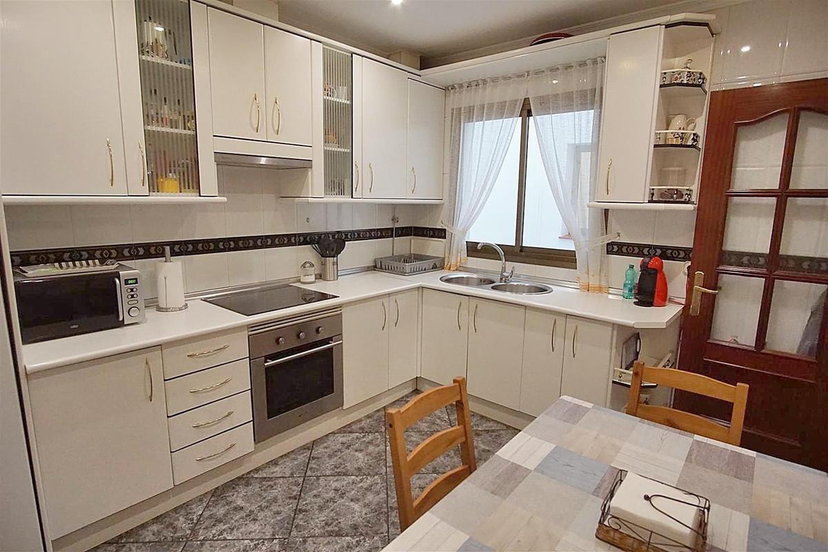 Photo of property R3610664, 6 de 18
