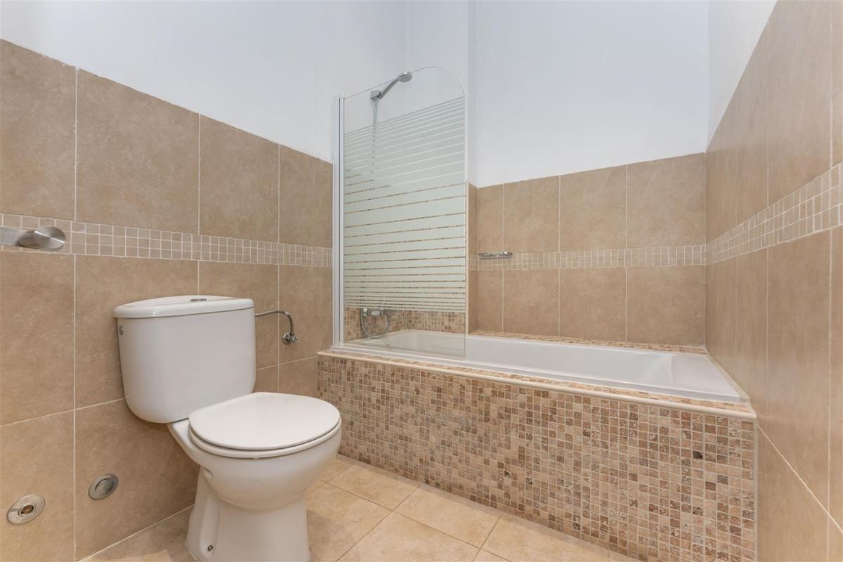 Photo of property R3877552, 8 de 55