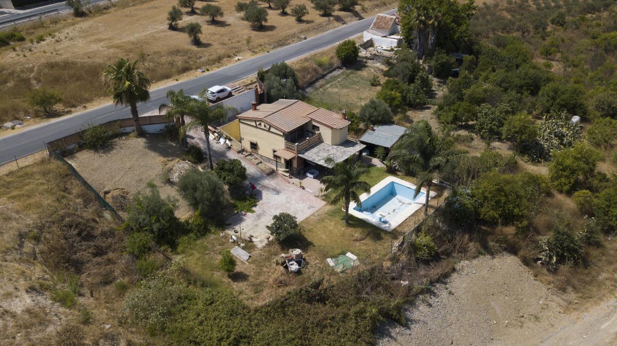2 bed, 2 bath Villa - Finca - for sale in Alhaurín el Grande, Málaga, for 159,000 EUR