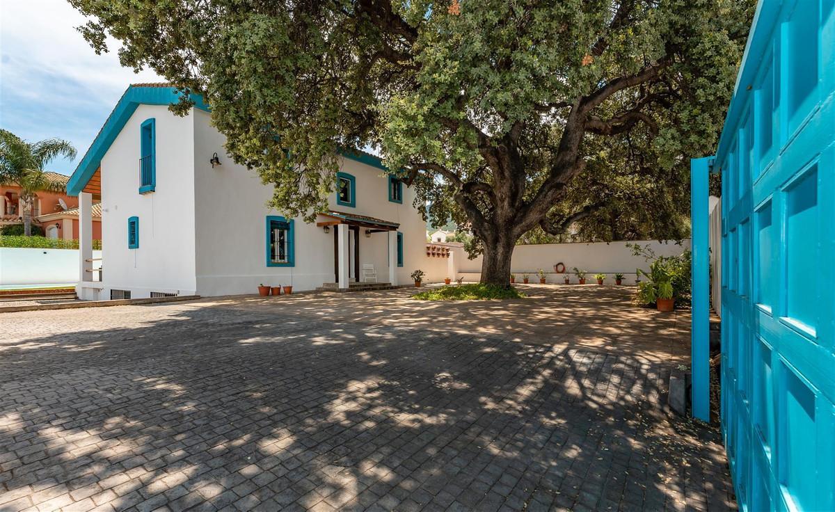 4 bed, 2 bath Villa - Finca - for sale in Alhaurín el Grande, Málaga, for 479,000 EUR