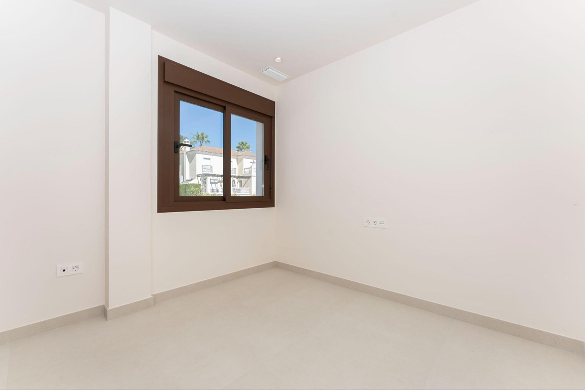Photo of property R3903037, 27 de 40