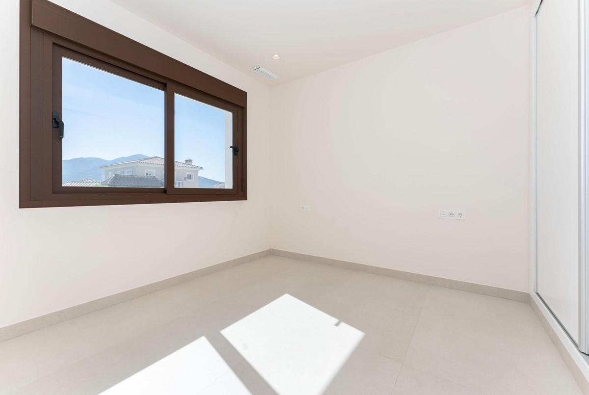 Photo of property R3903037, 30 de 40