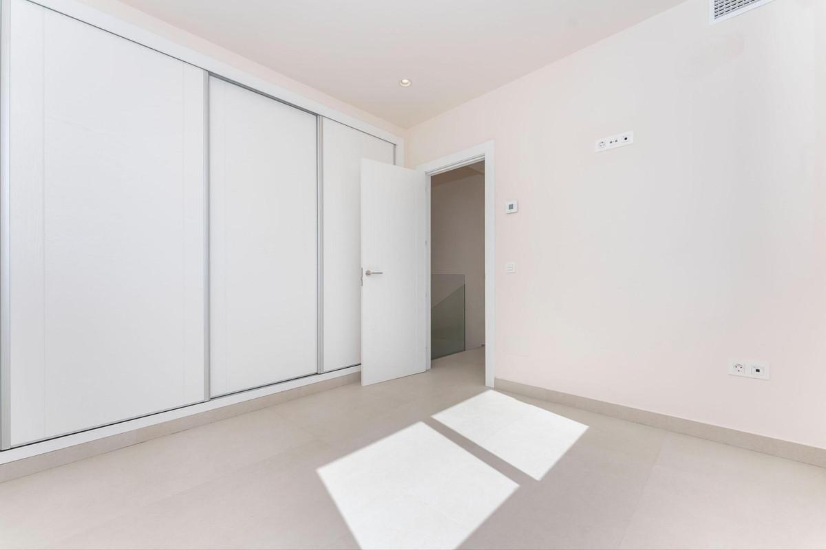 Photo of property R3903037, 31 de 40