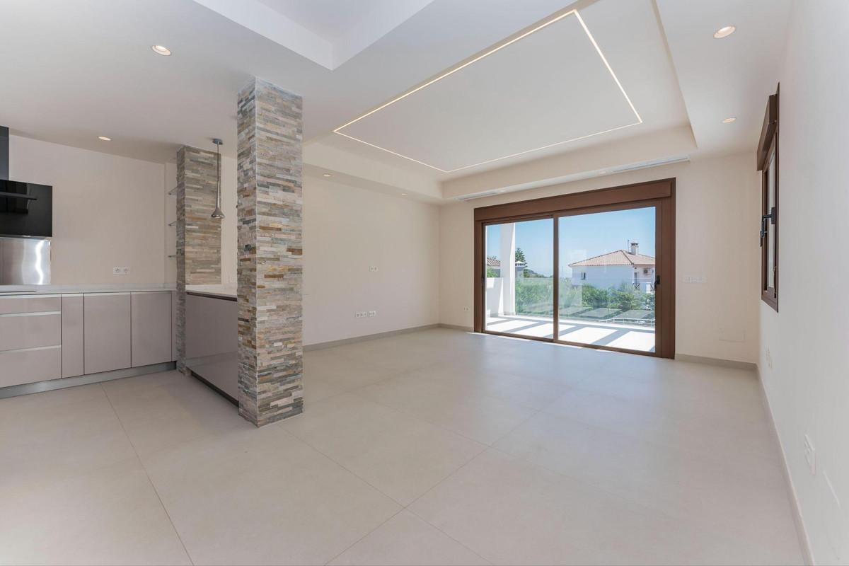 Photo of property R3903037, 4 de 40