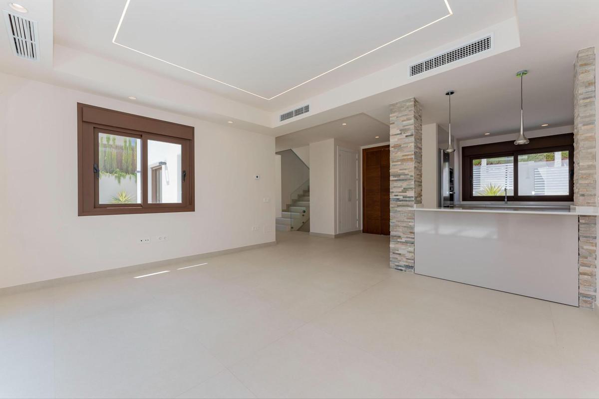 Photo of property R3903037, 8 de 40