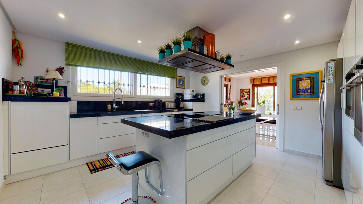 Photo of property R3899929, 8 de 56