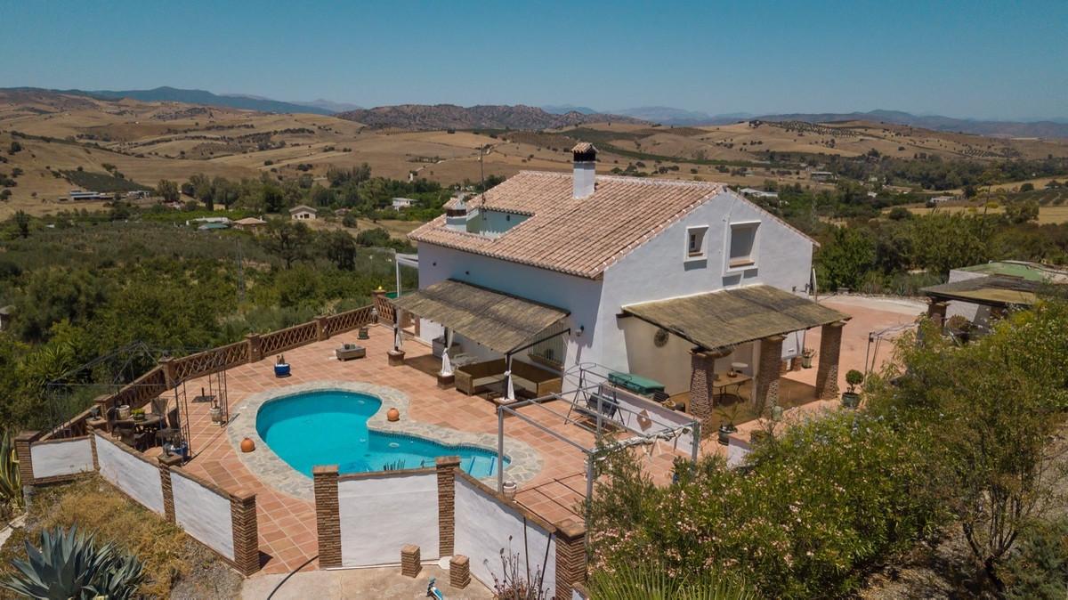 4 bed, 3 bath Villa - Finca - for sale in Coín, Málaga, for 374,900 EUR