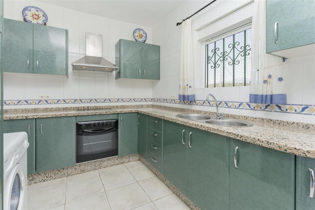 Photo of property R3828145, 8 de 24
