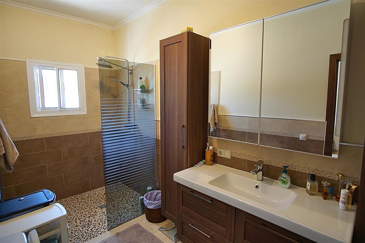 Villa con 3 Dormitorios en Venta Alhaurín el Grande
