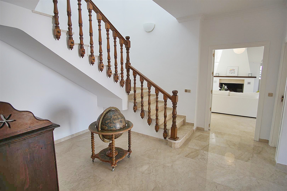 Photo of property R3615626, 12 de 51