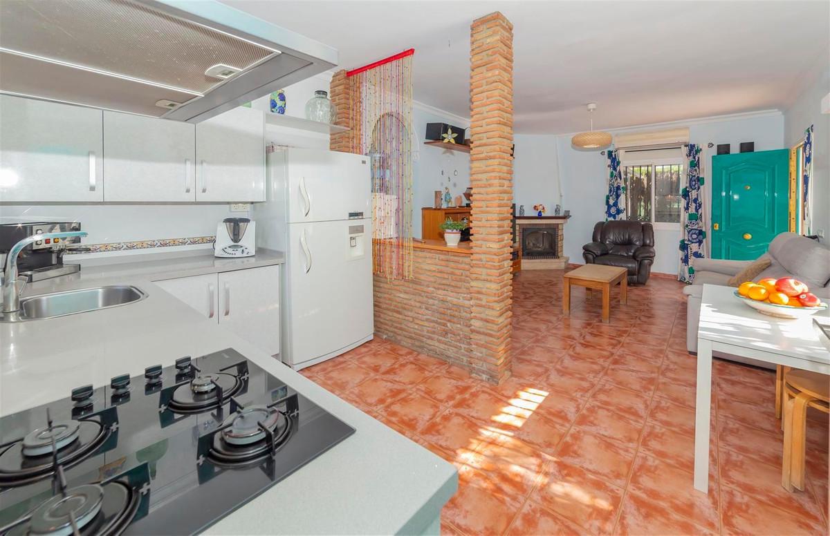 Photo of property R3811510, 10 de 35