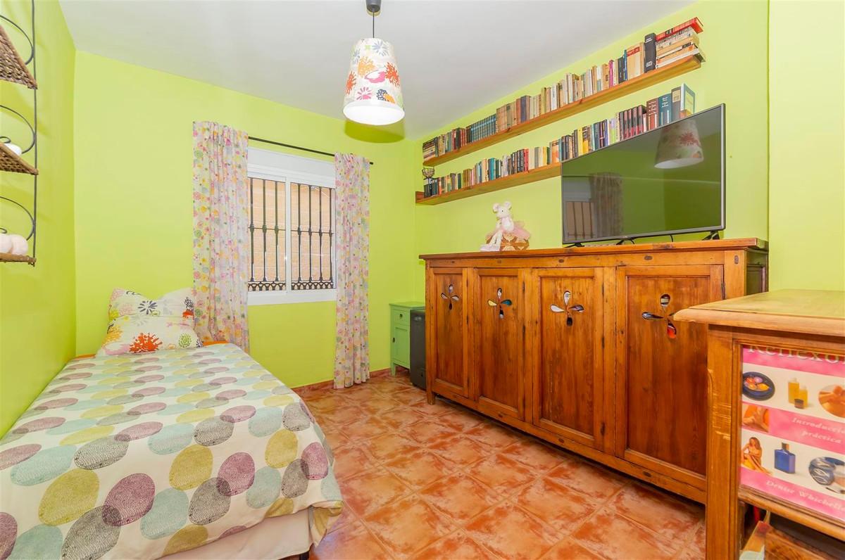 Photo of property R3811510, 16 de 35